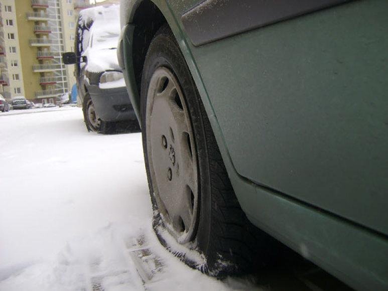 Supjaustytos automobilio padangos