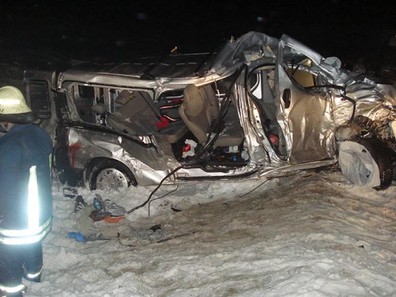 Per avariją sumaitotas mikroautobusas