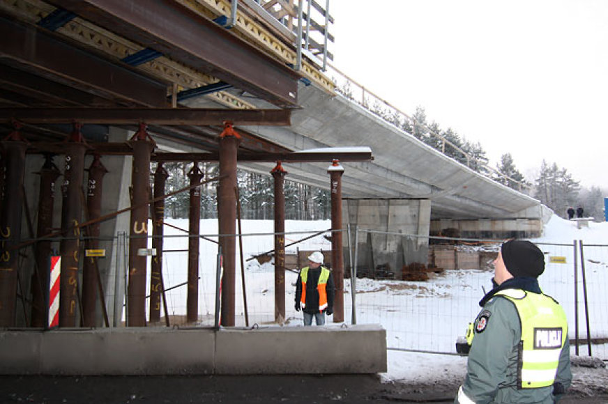Apgadintos tilto sijos