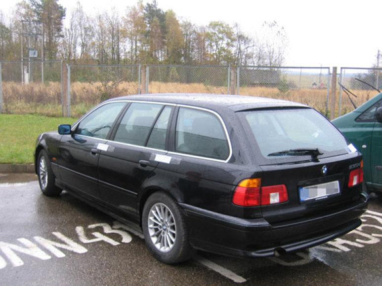 Latvio automobilis BMW