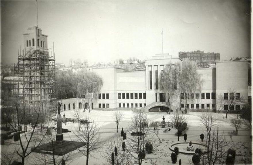 Kultūros ministerija neprieštarauja, jog varpų bokštas būtų perduotas Vytauto Didžiojo karo muziejui. Dėl šio žingsnio beliko apsispręsti Krašto apsaugos ministerijai.