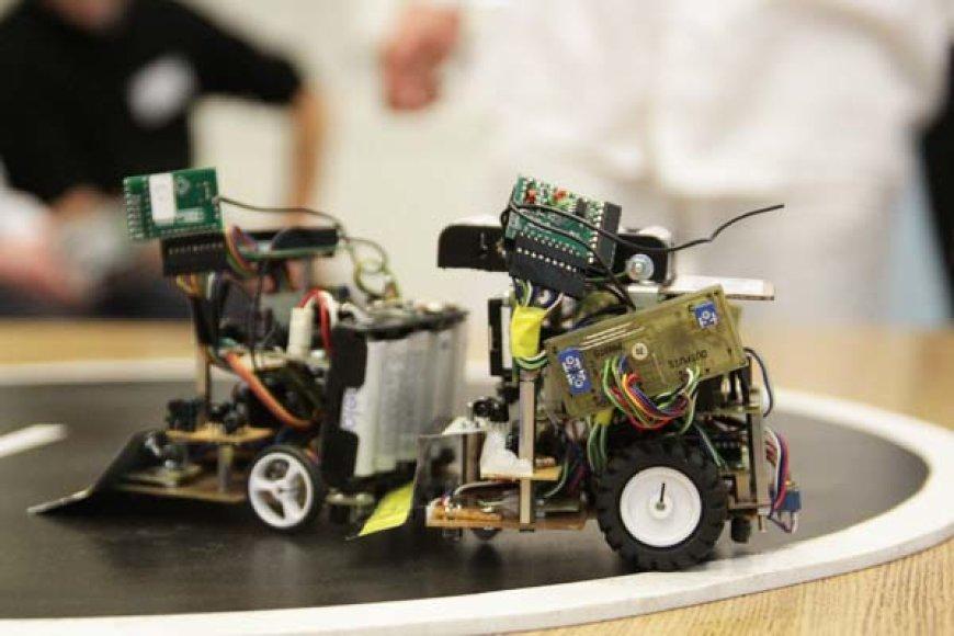 Internetu transliuojamame seminare – robotų pasaulio pradžiamokslis.