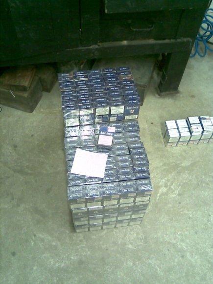 Cigaretes jurbarkiškis gabeno itin išradingai įrengtame dvigybame dujų balione.