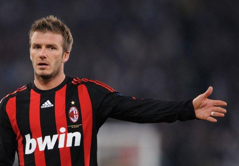 Davidas Beckhamas patvirtino negrįšiantis į Los Andželą.