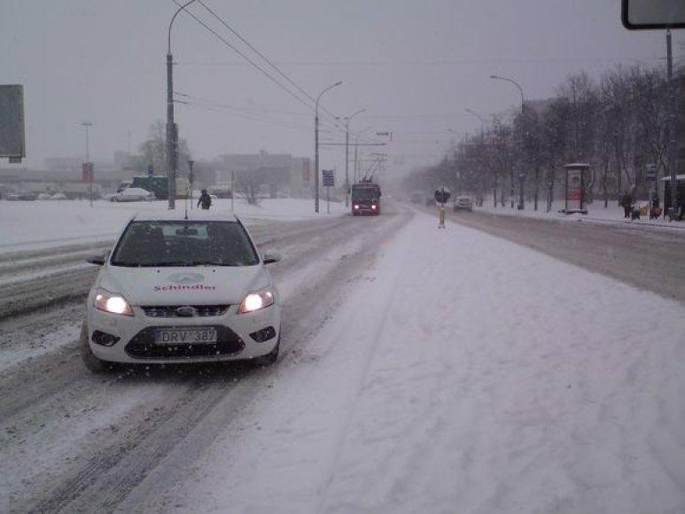 Gatvėse slidu