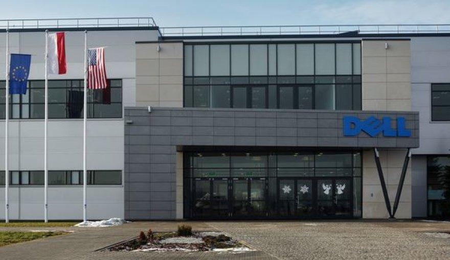 """""""Dell"""" gamykla Lenkijoje"""