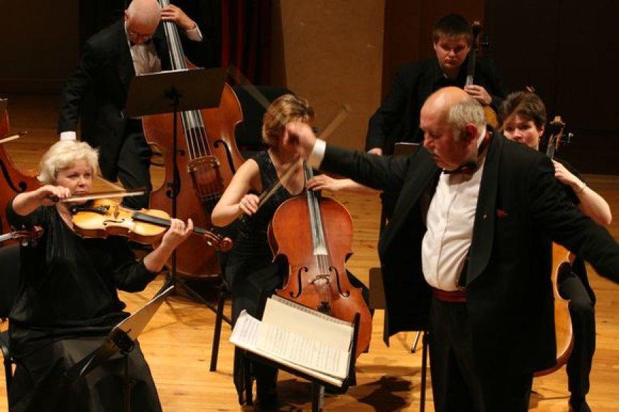 Trečiadienį maestro D.Katkus diriguos Klaipėdos kameriniam orkestrui.