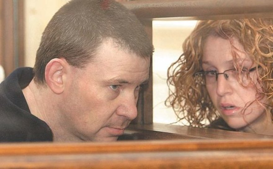 Michaelas Campbellas  su advokate