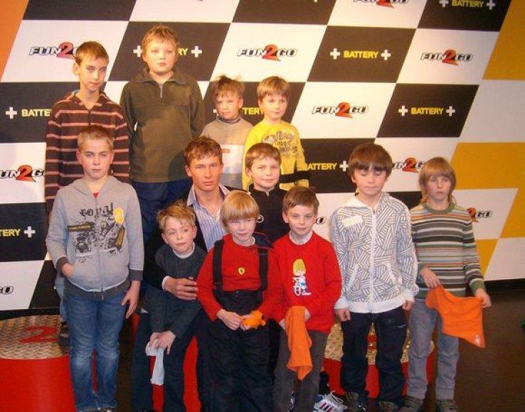 K.Vasiliauskas su vaikais