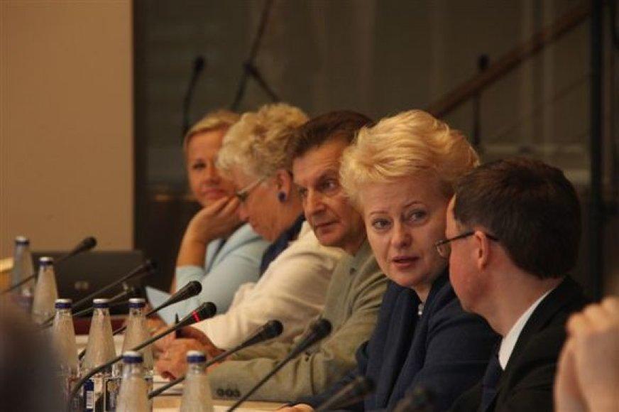D.Grybauskaitė dalyvauja Prezidentūroje surengtame forume