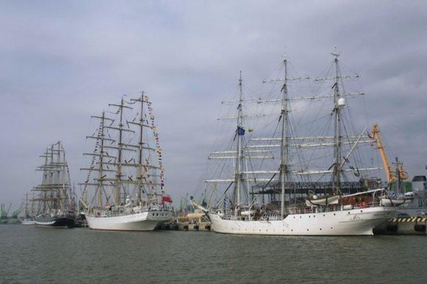 """The Culture 2011 Tall Ships Regatta"" dalyviai"