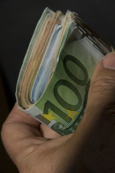 Prancūzijoje iš pinigų saugyklos pagrobta 1,6 mln. eurų