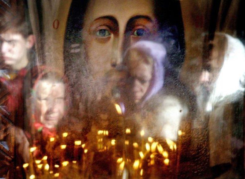 Rusijoje vagia ir cerkves