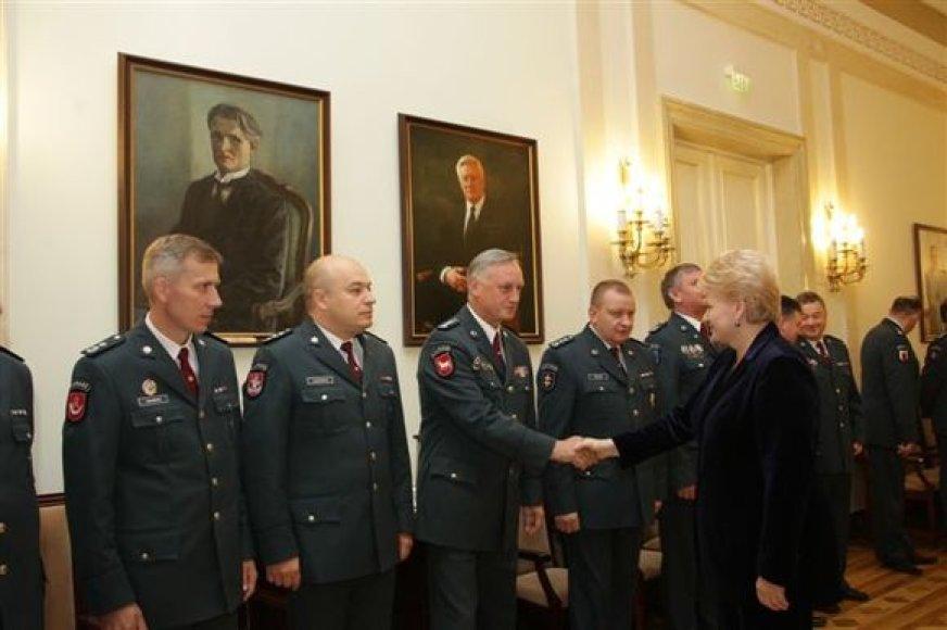 Prezidentė pasveikino policijos pareigūnus Angelų sargų dienos proga