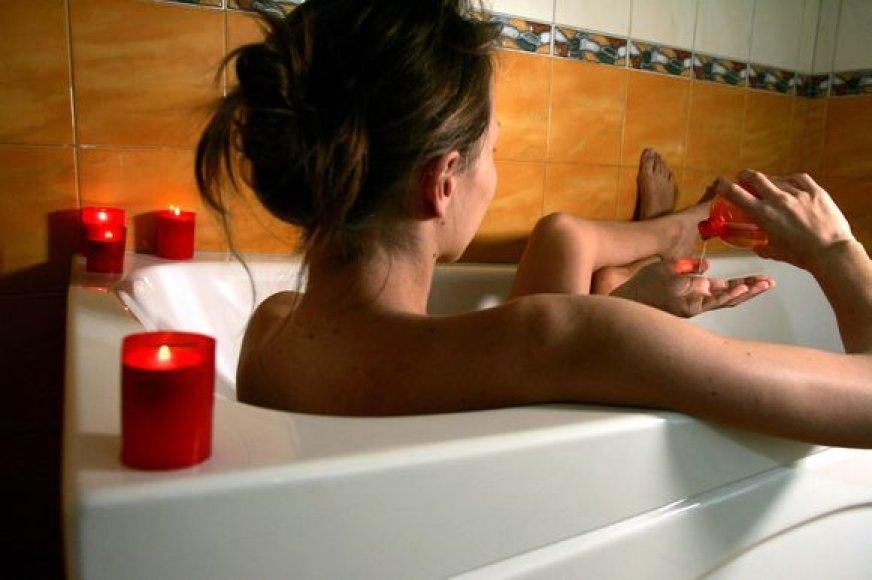 Maudynės vonioje