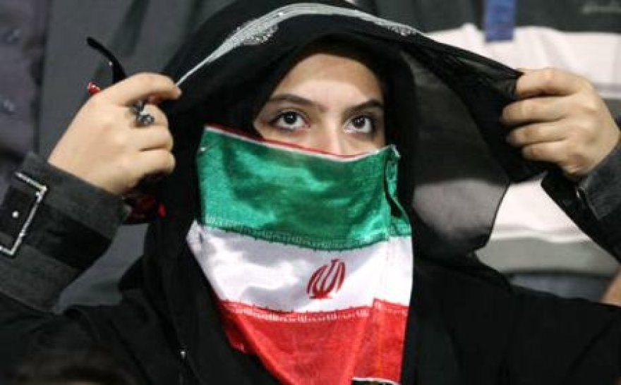 Irane moterims stadionuose – ir vėl ne vieta...