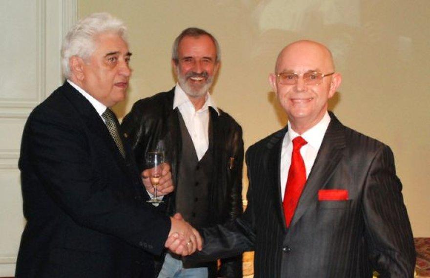 J. Vachtangovo teatro ir Vilniaus mažojo teatro bendradarbiavimo sutarties pasirašymas