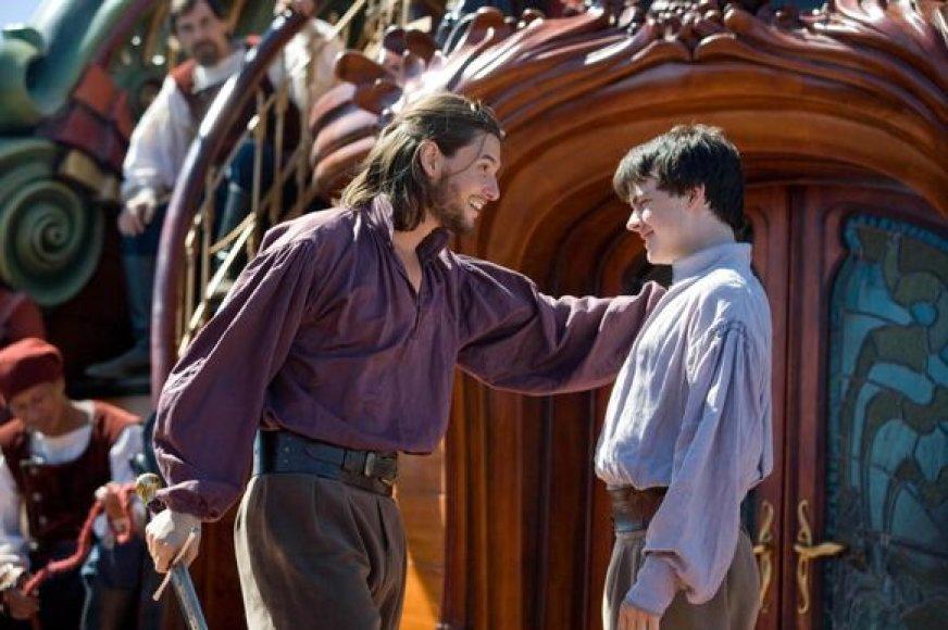 """Filmas """"Narnijos kronikos: """"Aušros užkariautojo"""" kelionė"""""""