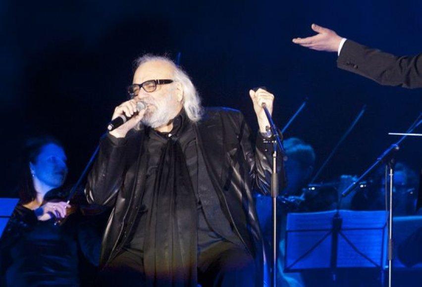 Estrados legendos Demis Roussos koncertas Vilniuje