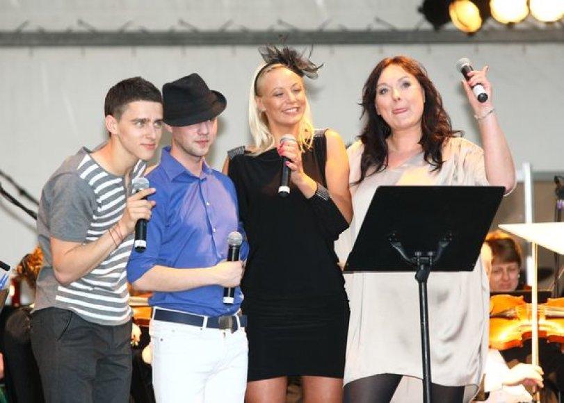 Donatas Montvydas, Sasha Song, Mia ir Rosita Čivilytė
