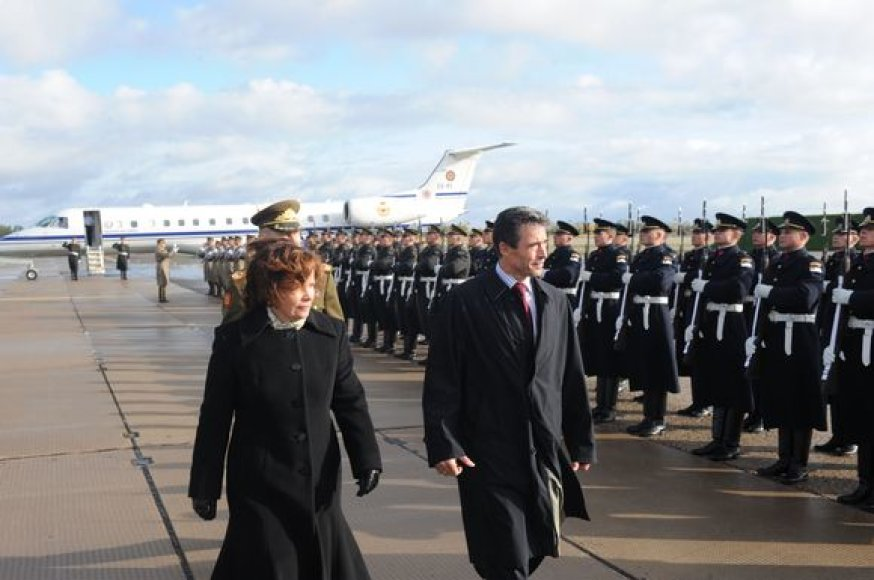 Krašto apsaugos ministrė R.Juknevičienė ir NATO generalinis sekretorius Andersas Foghas Rasmussenas