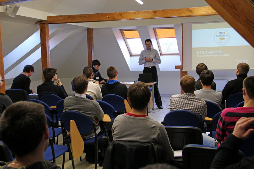 """Tarptautinė e. verslo ir IT įmonė UAB """"Net Frequency"""" Kaune organizuoja intensyvią trijų mėnesių praktiką studentams."""