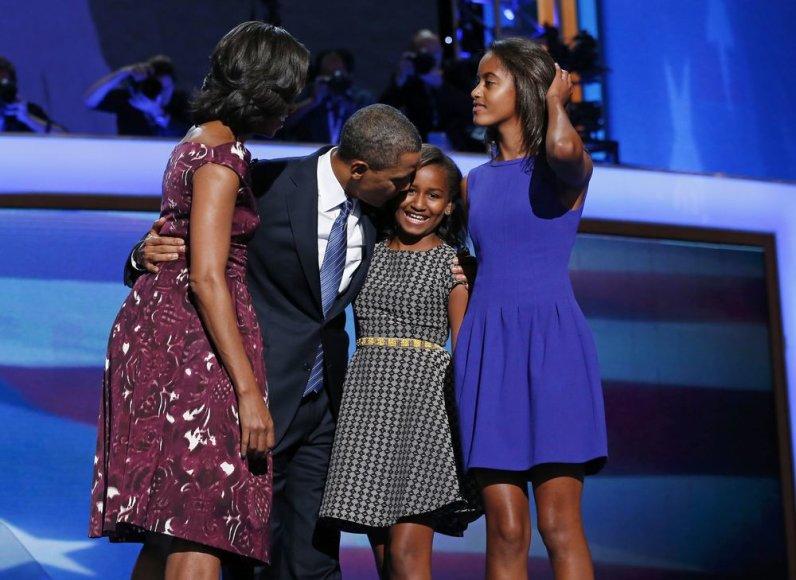 B.Obama su šeima