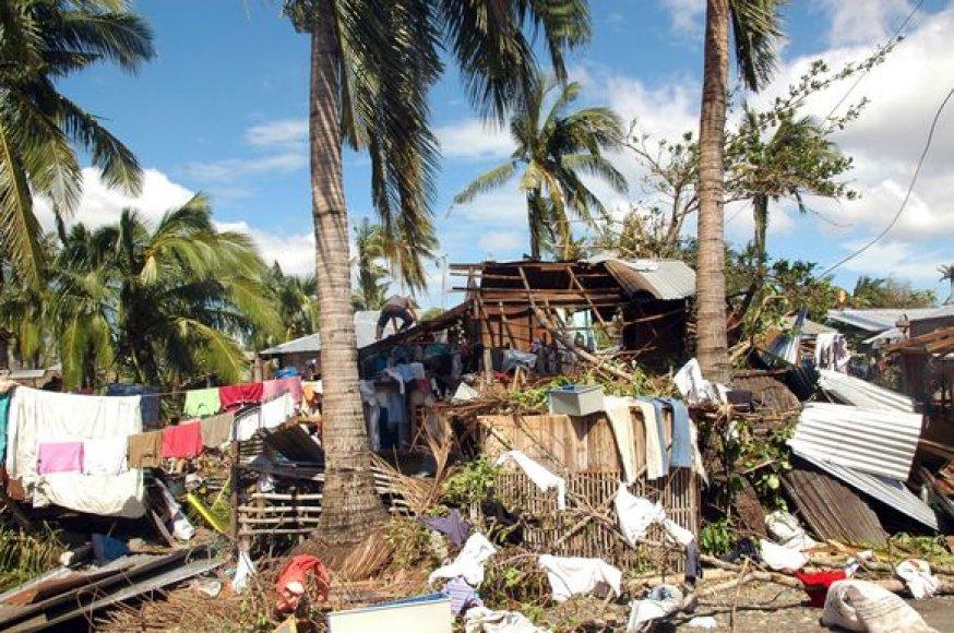 Filipinus siaubia taifūnas.