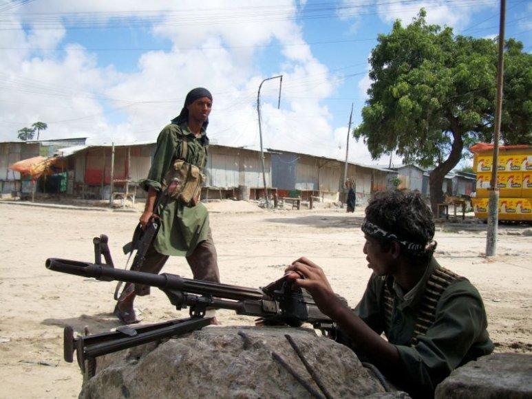 Somalio sukilėlių pajėgos užėmė miestą netoli Mogadišo.