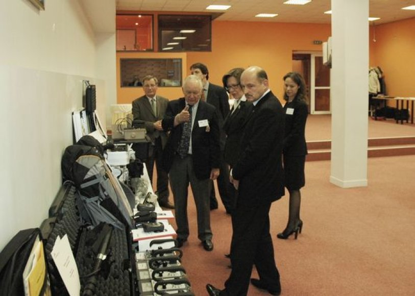 Lietuvai perduota įranga, kurios vertė apie 150 tūkst. JAV dolerių.