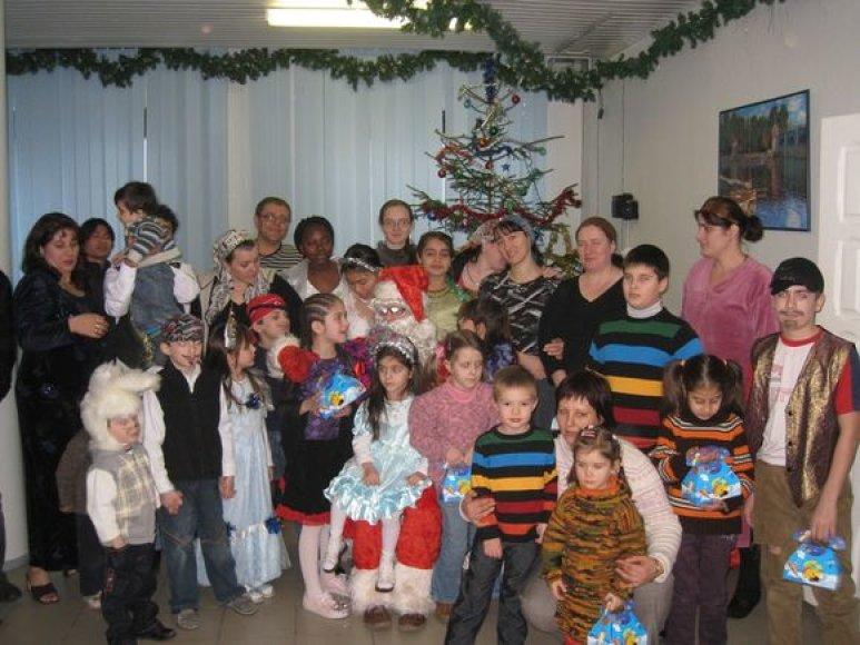 Kalėdų šventė aplankė pabėgėlių vaikus.