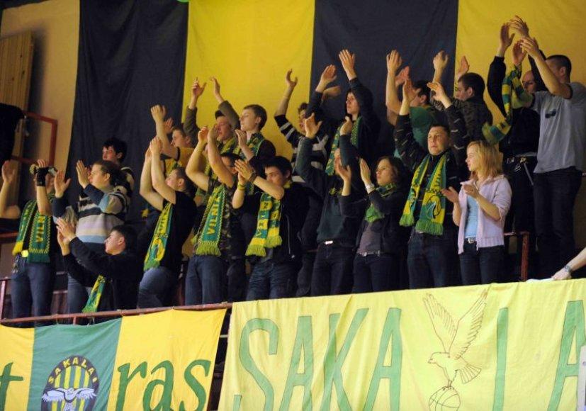 """Svarbią pergalę Lietuvos krepšinio lygos (LKL) čempionate iškovojo Vilniaus """"Sakalų"""" ekipa"""