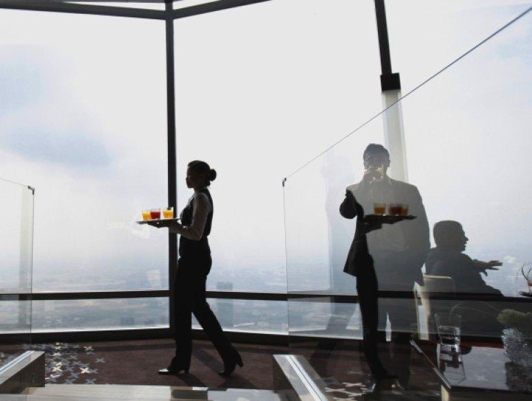 Dubajuje atidarytas aukščiausias pasaulio restoranas.