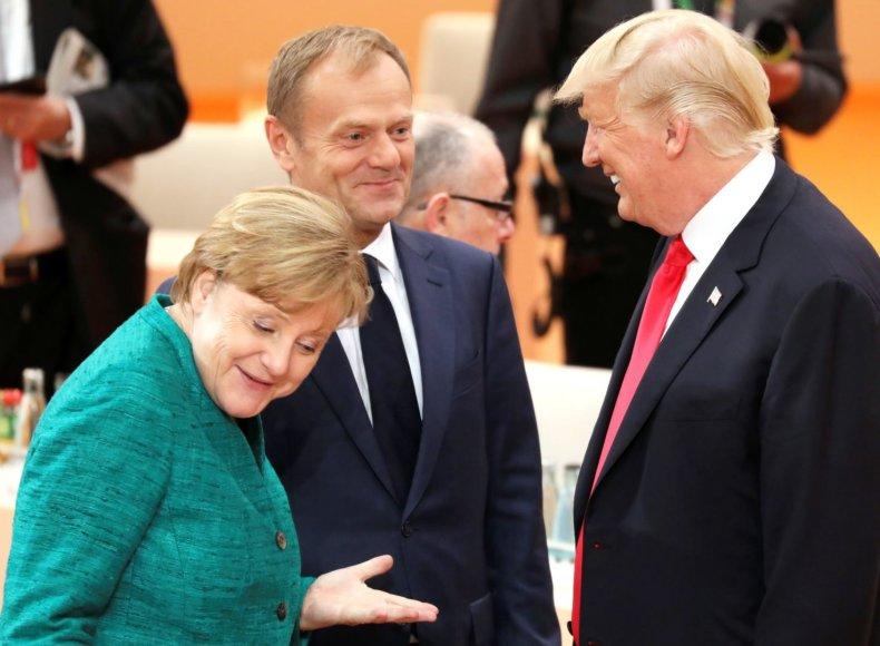 """""""Reuters""""/""""Scanpix"""" nuotr./Angela Merkel, Donaldas Tuskas, Donaldas Trumpas"""