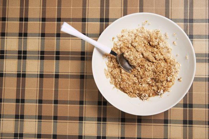 Pusryčiams siūlome pasimėgauti sorų koše.