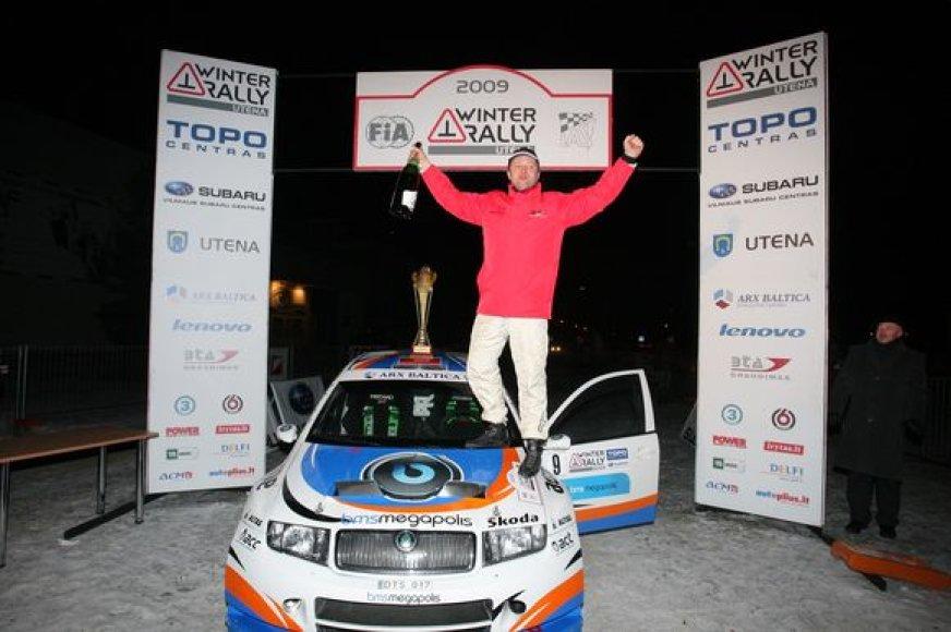 """Saulius Girdauskas ir Paulius Urbonas laimėjo """"Winter Rally 2009"""""""