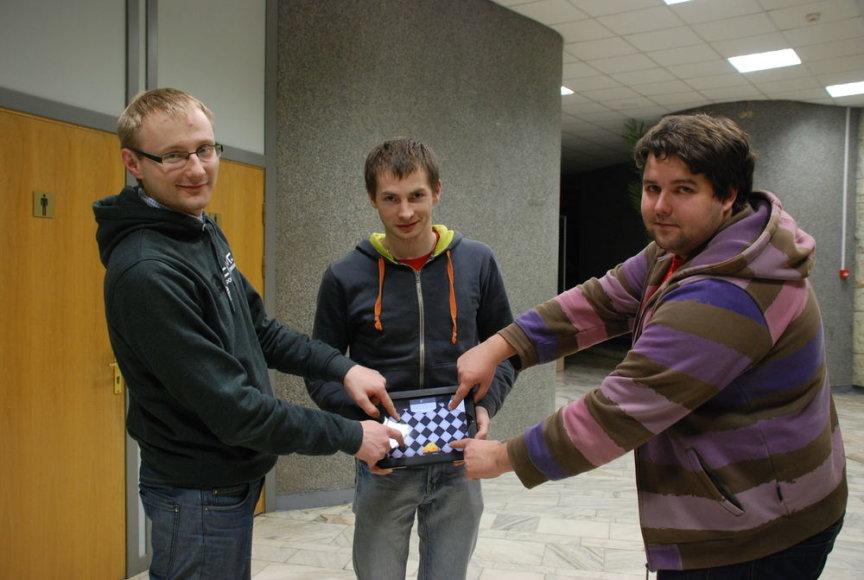 """""""StartupWeekend Lithuania 2012"""" renginyje pristatytas kompiuterinis žaidimas, kurį galite žaisti kartu su savo katinu."""