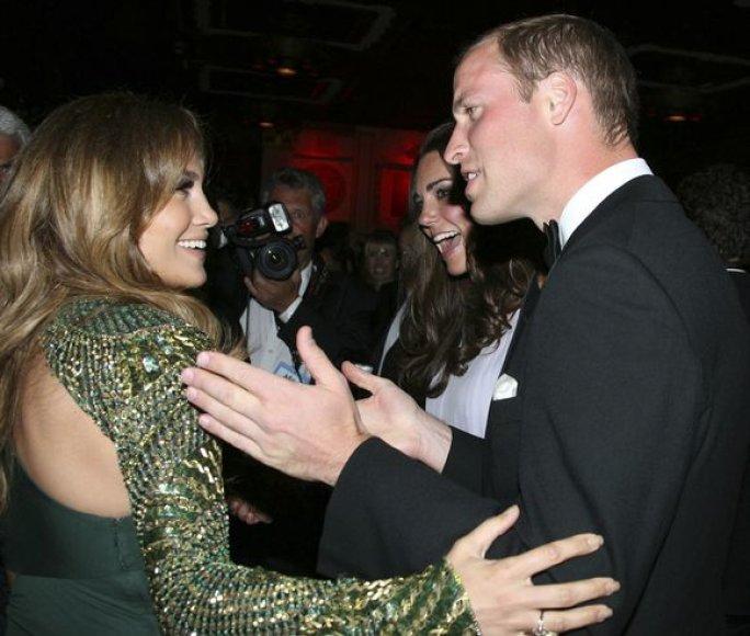 Princas Williamas bendrauja su Jennifer Lopez.
