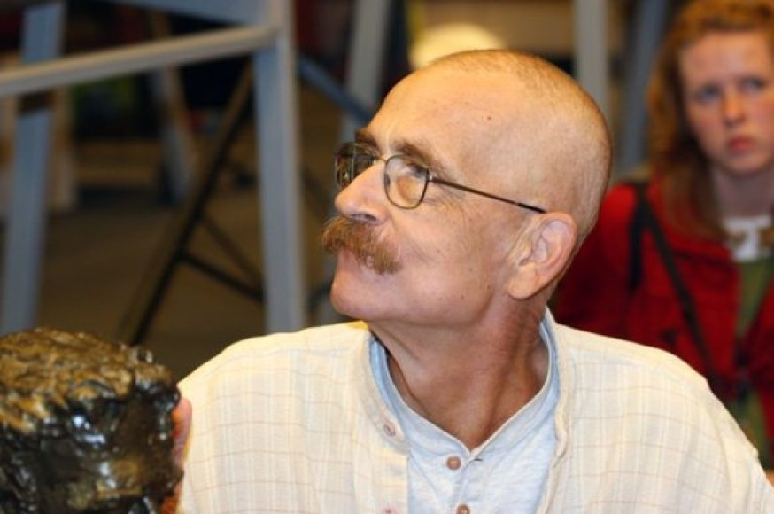 Žinia, kad V.Kernagis susirgo onkologine liga, pasklido 2007-ųjų vasarą.