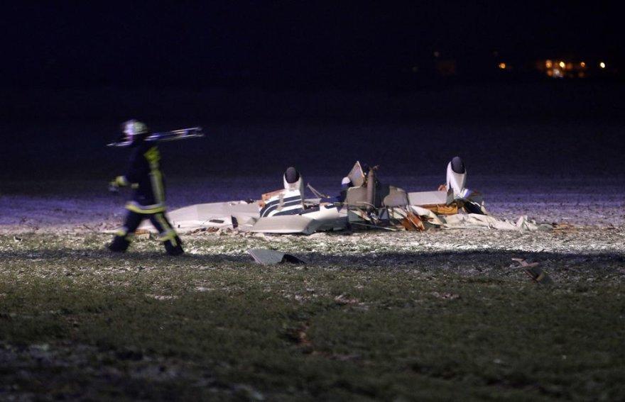 Vokietijoje susidūrus dviem lėktuvams žuvo 8 žmonės.