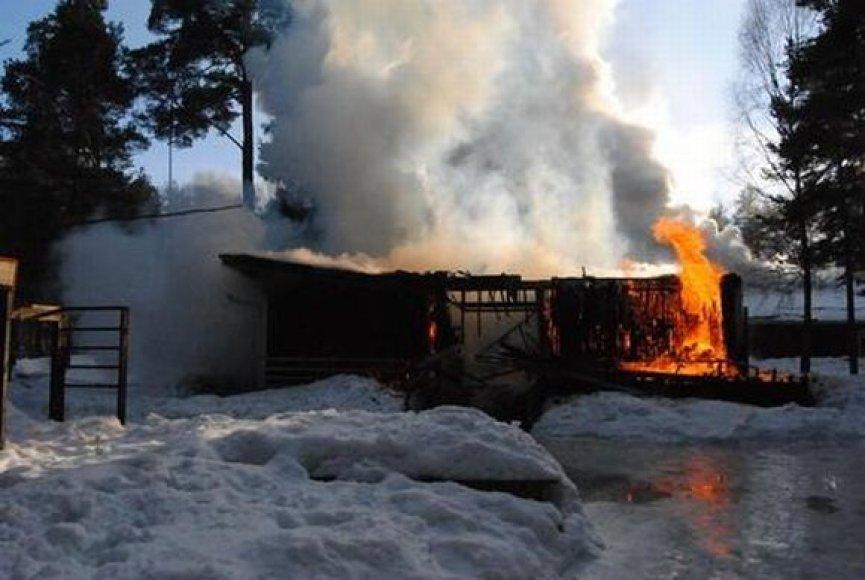 Gaisras vaikų globos namuose Estijoje