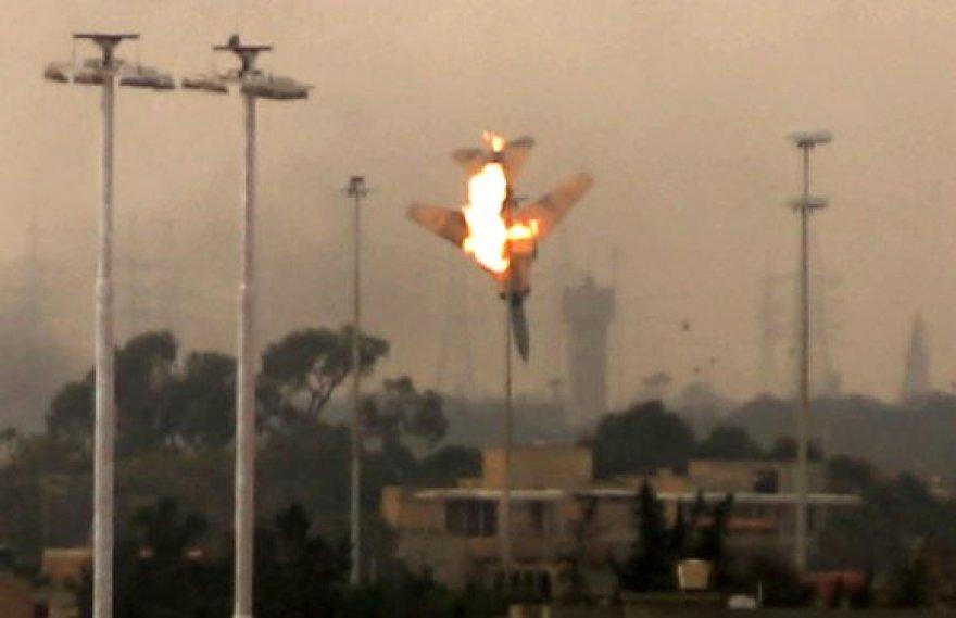 Libijoje numuštas naikintuvas
