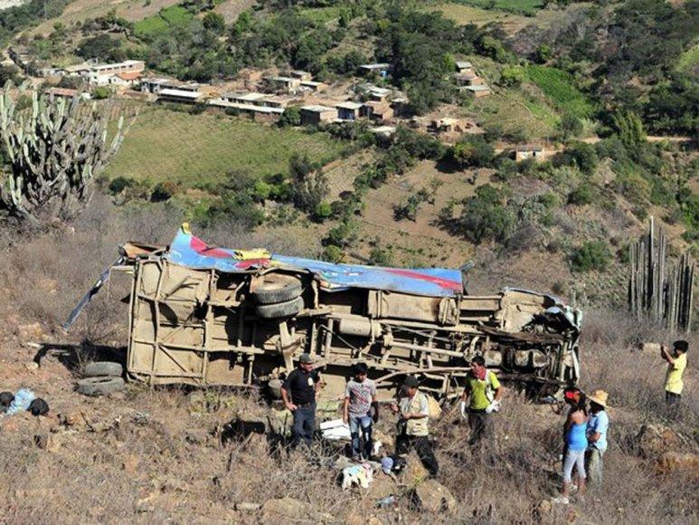 Autobuso avarija Peru