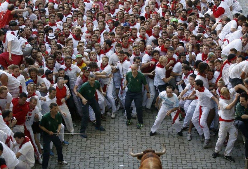 Pirmoji San Fermino festivalio bulių bėgimo diena