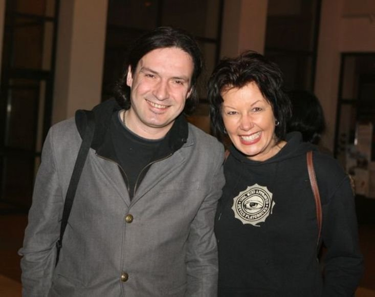 Muzikologas Darius Užkuraitis su mylimąja Nijole Statkute - alternatyviosios muzikos gerbėjai.