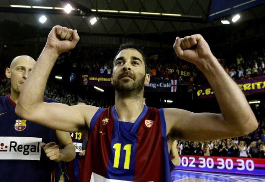 """""""Barcelona"""" lyderis J.C.Navarro džiaugiasi pergale."""