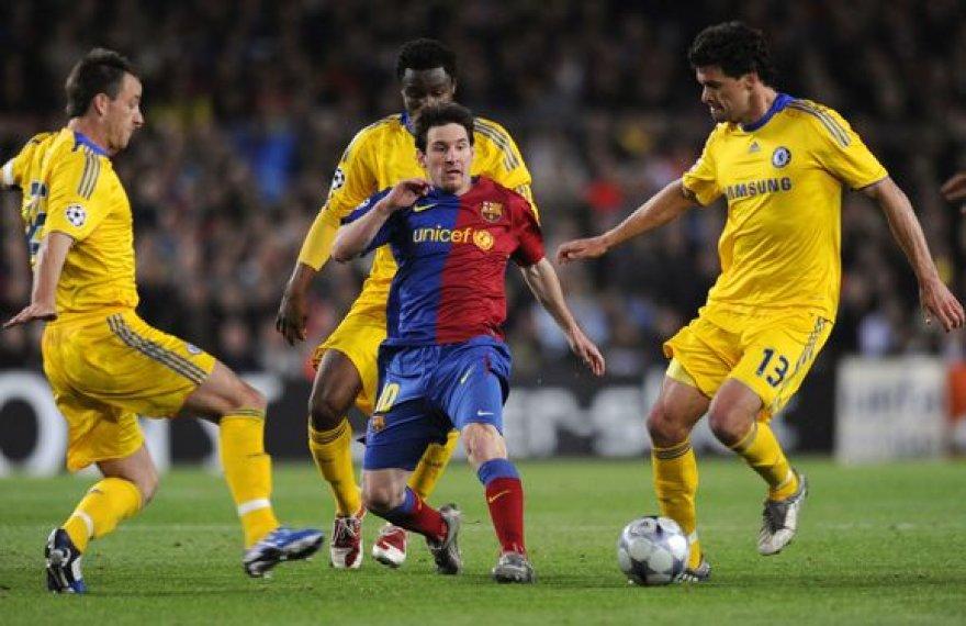 Ar pavyks Londono komandai antrą kartą sulaikyti  pavojingąjį L.Messi?
