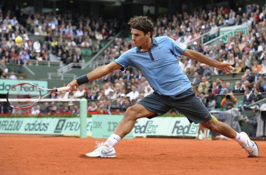 R.Federeris sunkiai pateko į kitą etapą