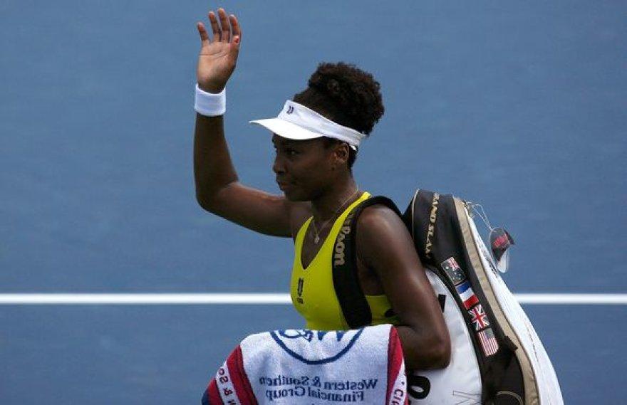 V.Williams, kaip ir jos sesuo Serena neįveikė aštuntfinalio barjero