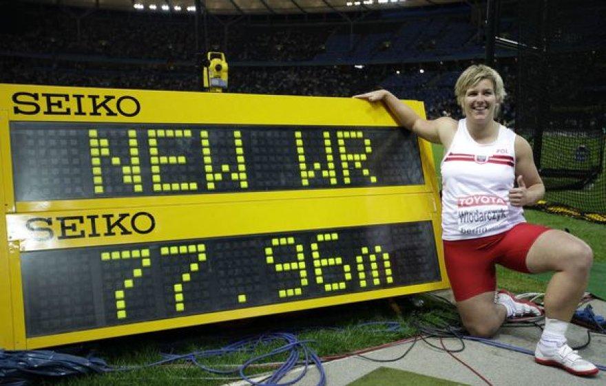 A.Wlodarczyk už pasaulio rekordą papildomai gaus 100 tūkst.JAV dolerių
